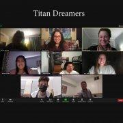 Entrevista a Erin acerca de los estudiantes del programa DACA